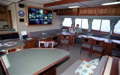 Cayman diving live-aboard, Cayman live-aboards, Cayman liveaboard, Cayman diving liveaboards