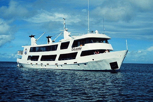 vessel charters, diving yachts